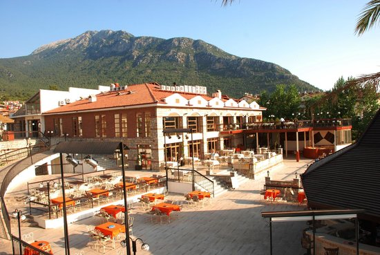 Orka Club Hotel & Villas: Entertainment Area