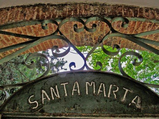 Finca Santa Marta: gate