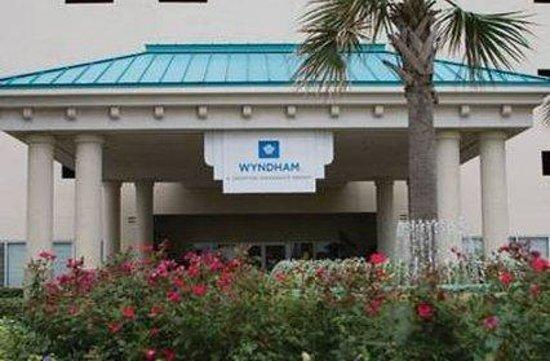 Wyndham Vacation Resorts Majestic Sun: Exterior