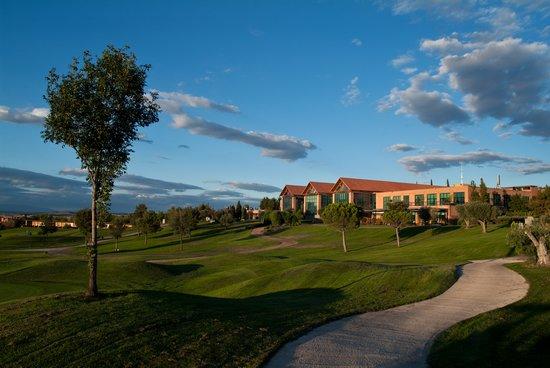 Club de Golf: Suites Retamares: Disfruta de un entorno único... Casino Club de Golf Suites Retamares