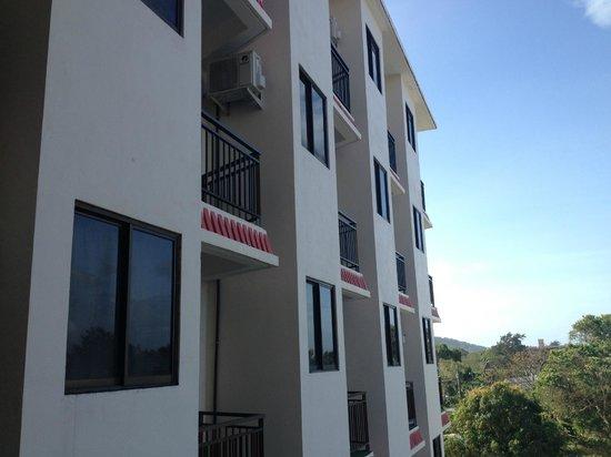 Saipan Ocean View Hotel: 外観