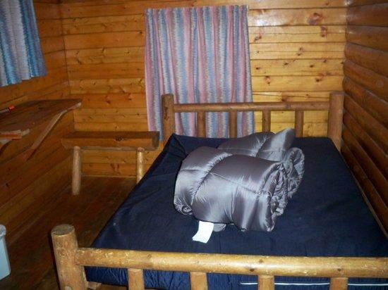 El Reno West KOA: Front bedroom with double bed