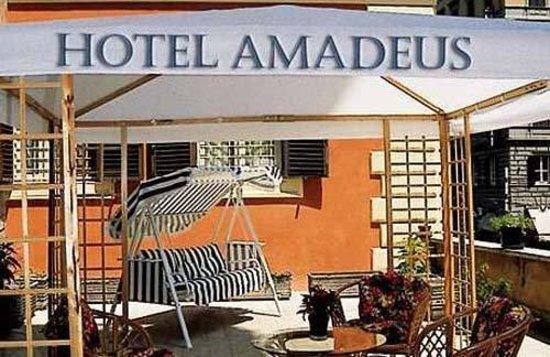 Hotel Amadeus: Exterior