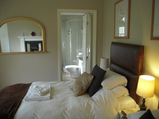 The Old Rectory: View into side shower room and toilet