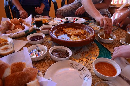 Tissili Guest House : petit dejeunes