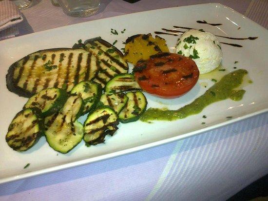 Il Covo : grigliata di Verdure con Ricotta di Pecora