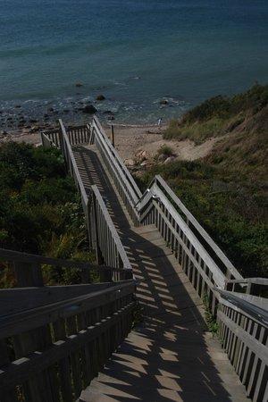 Island Manor Resort: Stairway to solitude