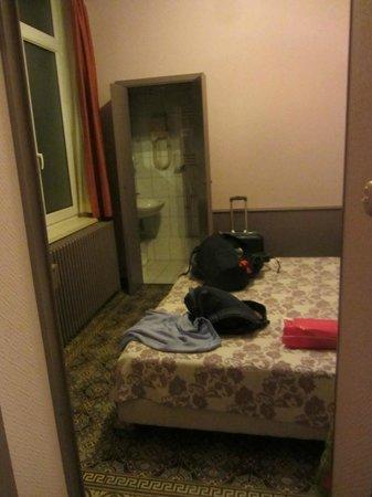 Hotel Sabina : *