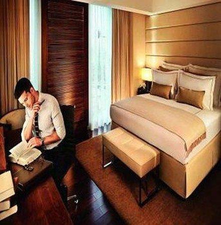 Jumeirah Frankfurt Deluxe Room