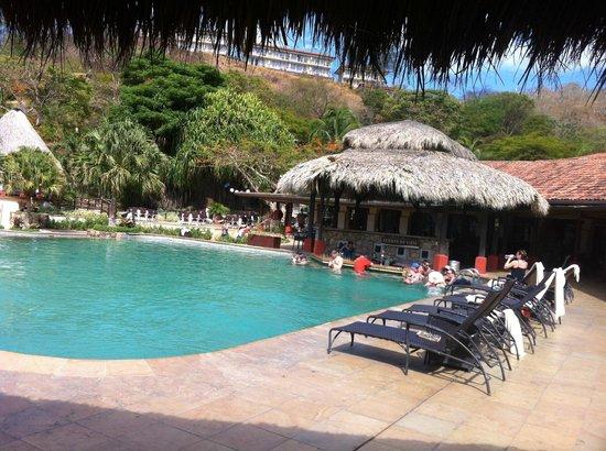 Casa Conde Beach-Front Hotel: Pool