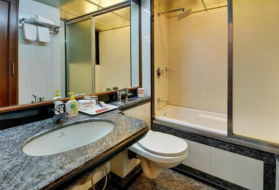 Hotel Regal Enclave: SDLXWith Bath Tub