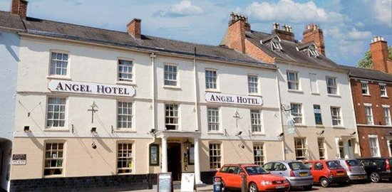 Angel Hotel: Front