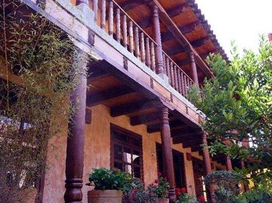Hotel Casavieja: Exterior