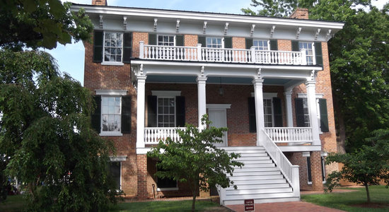 Newport News, فيرجينيا: Lee Hall Manor