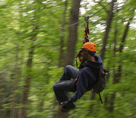 Soaring Cliffs Zip Line Course : Come Soar With Us In The Hocking Hills!