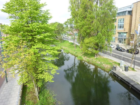 Hilton Dublin : Canal View from outside hotel 1