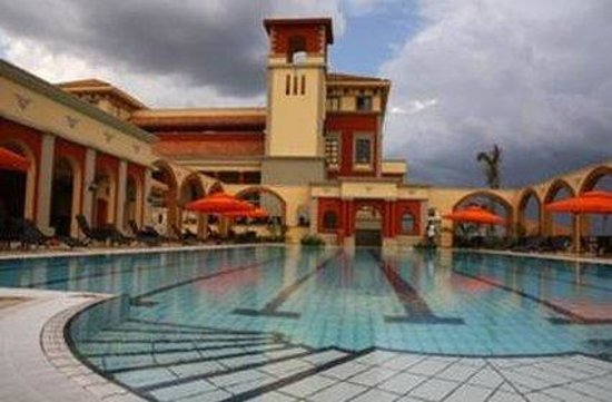 Lake Victoria Serena Golf Resort & Spa: Pool