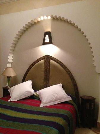 Riad RabahSadia: Room