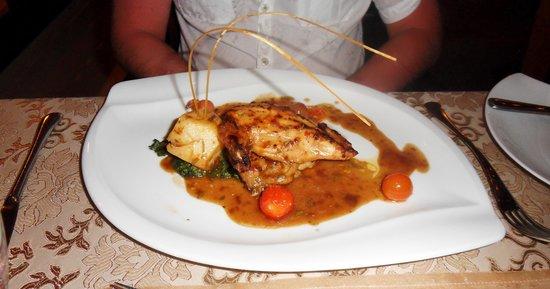 Bella Vista Italian Restaurant: Main course
