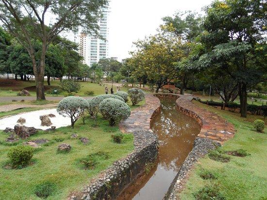 Parque flamboyant goi nia foto de parque flamboyant - Jardin japones pequeno ...