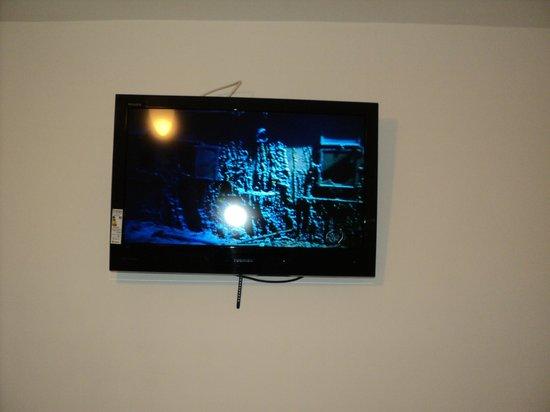 Hotel Carinhoso: TV