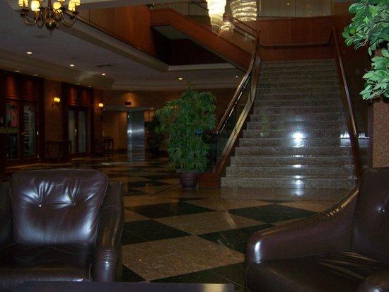 Hotel Universel Montreal : Hall d'entrée de l'hôtel