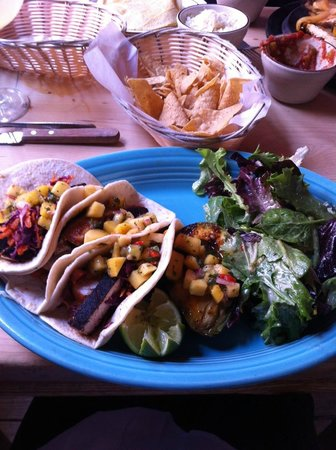Border Cafe: Swordfish tacos - excellent!