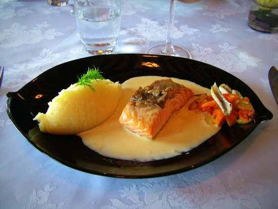 Watermill Lodge: Duo of Salmon and Lough Perch, Vegetable Fricassee, Vanilla Beurre Blanc
