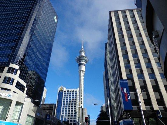 Queen Street: Sky Tower