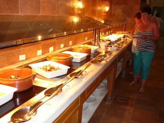 Grecotel Eva Palace: Une partie du buffet déjeuner