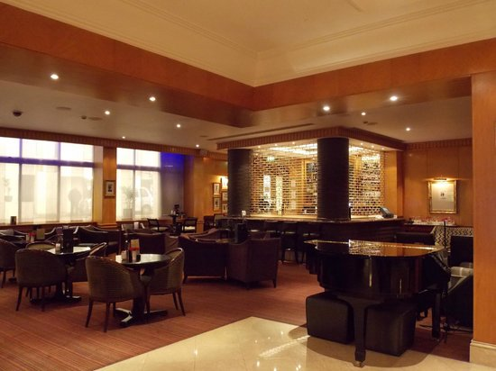 Millennium Gloucester Hotel London Kensington Bar