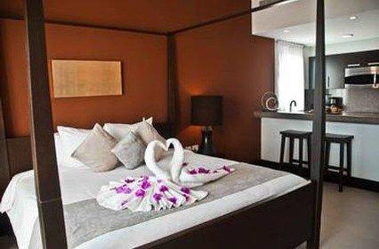 Aldea Thai Luxury Condohotel: Guest room