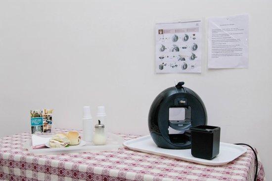 Bed and Breakfast Napoli Plebiscito: cucina-bed-and-breakfast-napoli-plebiscito