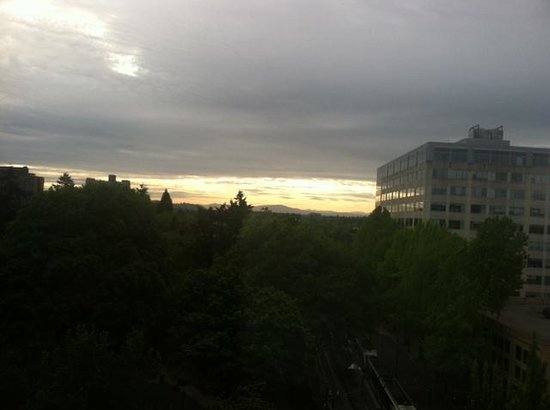 DoubleTree by Hilton Hotel Portland: room with a view day 2