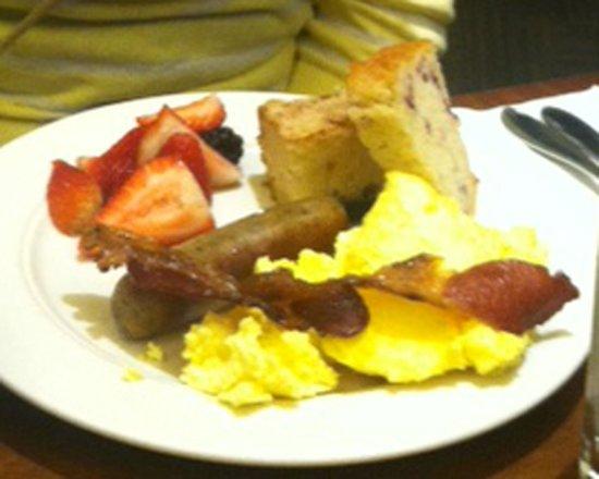DoubleTree by Hilton Hotel Portland: Breakfast