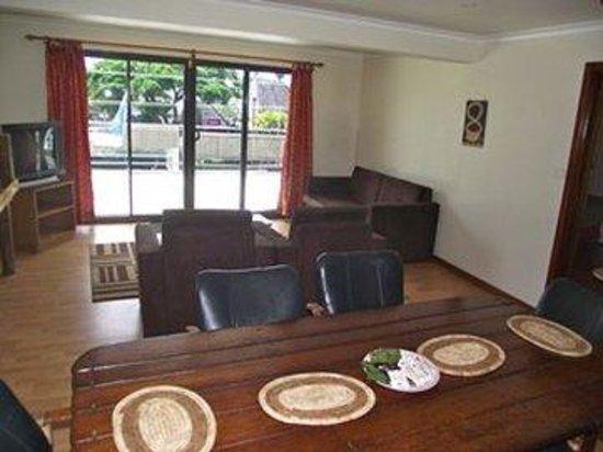 Hans Travel Inn: Deluxe Bedroom Suite APt