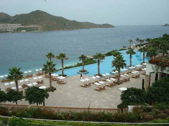 Xanadu Island : View from the room of the pool and sea