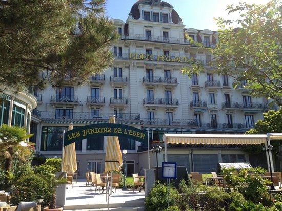 Eden Palace au Lac: View of the hotel from the lake side