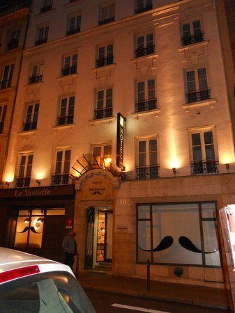 Hotel George - Astotel: fachada hotel