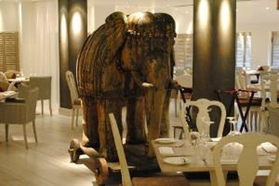 Mr Todiwalas Kitchen and the 'Elephant in the room'
