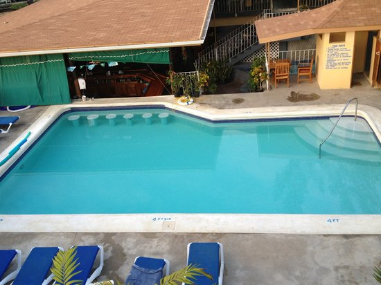 Seastar Inn: Pool