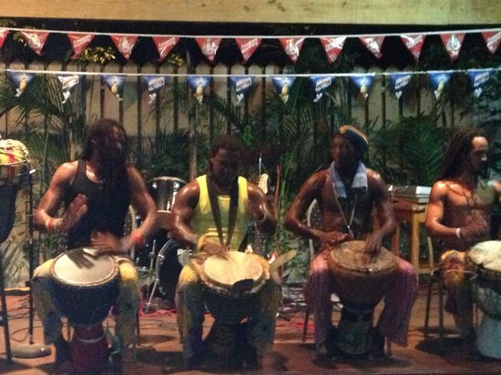 Seastar Inn: Drummers @ the show