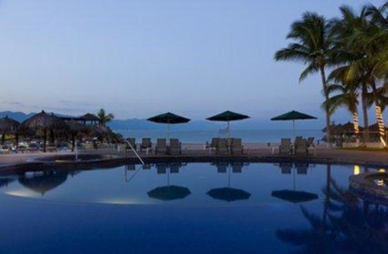 Villa del Palmar Beach Resort & Spa: Sunset