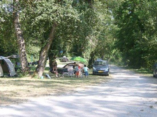 Camping municipal justin die frankrike omd men for Camping de la piscine aigle
