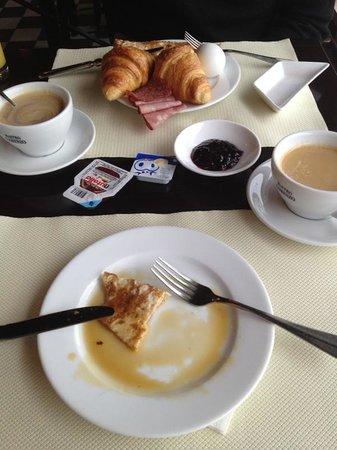 Holiday Inn Bern-Westside: Ausgiebiges Frühstück