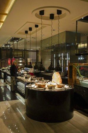 Crowne Plaza Xi'an: Breakfast buffet