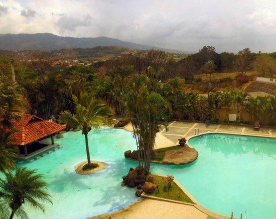 Wyndham San José Herradura Hotel and Convention Center: Pool area