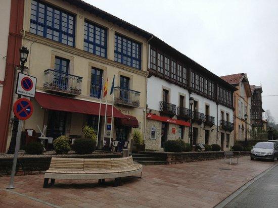 Cuevas del Mar Hotel: El Hotel