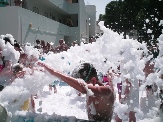 Es Canar, Spanyol: Foam party