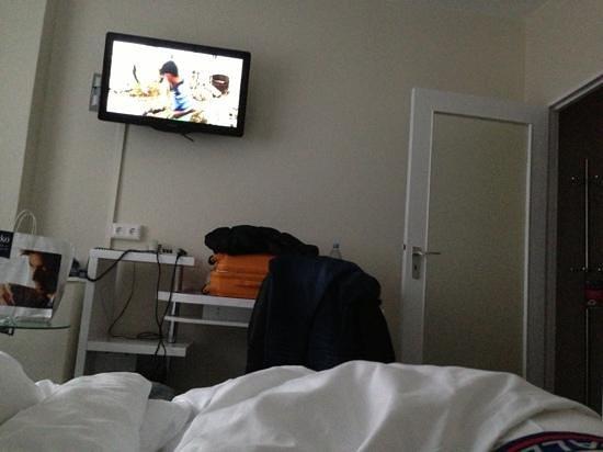 Novum Hotel Lichtburg am Kurfuerstendamm: tv inutile